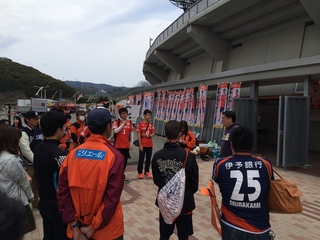 2.試合前ミーティング.JPG